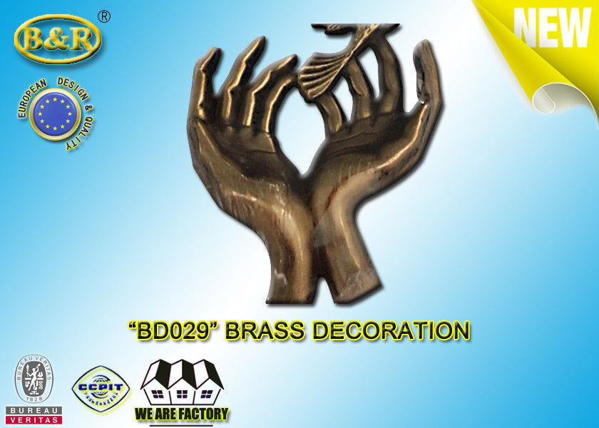 No . BD029 Brass Hands Tombstone Decoration Bronze Funeral Accessories Size 17.5×10 Cm Copper Alloy